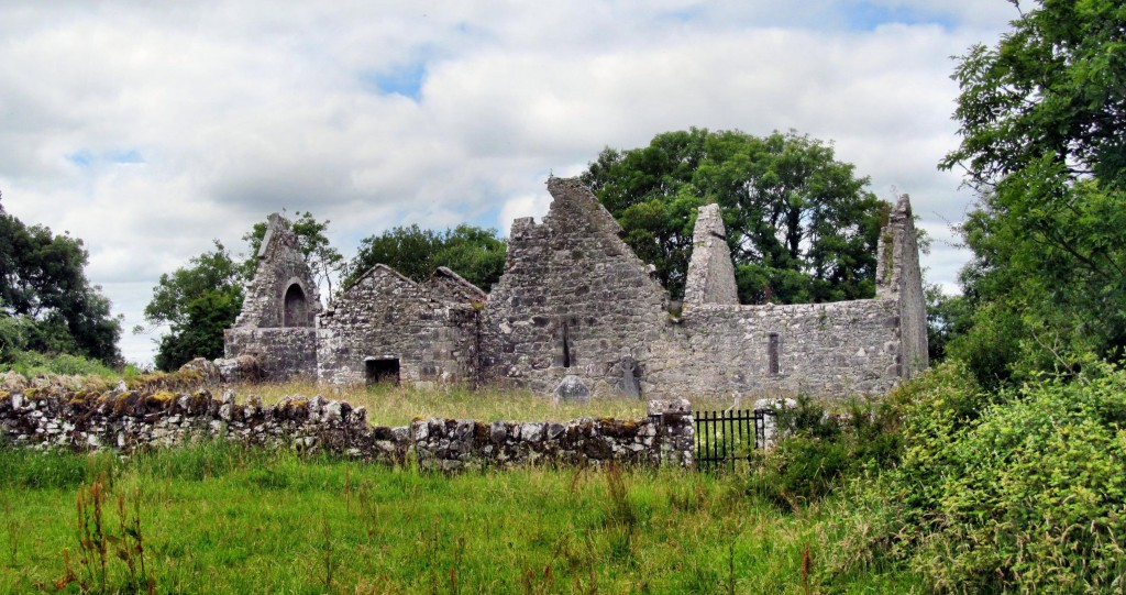 Inchicronan Abbey, Crusheen, Co Clare